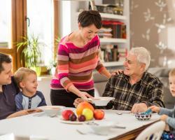 Seniorzy zagrożeni niedożywieniem